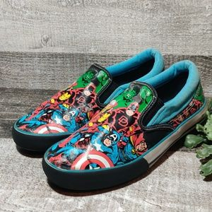 Youth size 5 Spiderman Marvel comics sneakers
